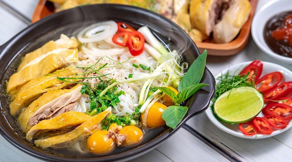 Bữa sáng tiện lợi với gói gia vị nấu phở gà nêm sẵn