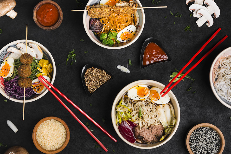 Món mì Ramen Nhật kết hợp nước dùng bột thịt heo đậm đà