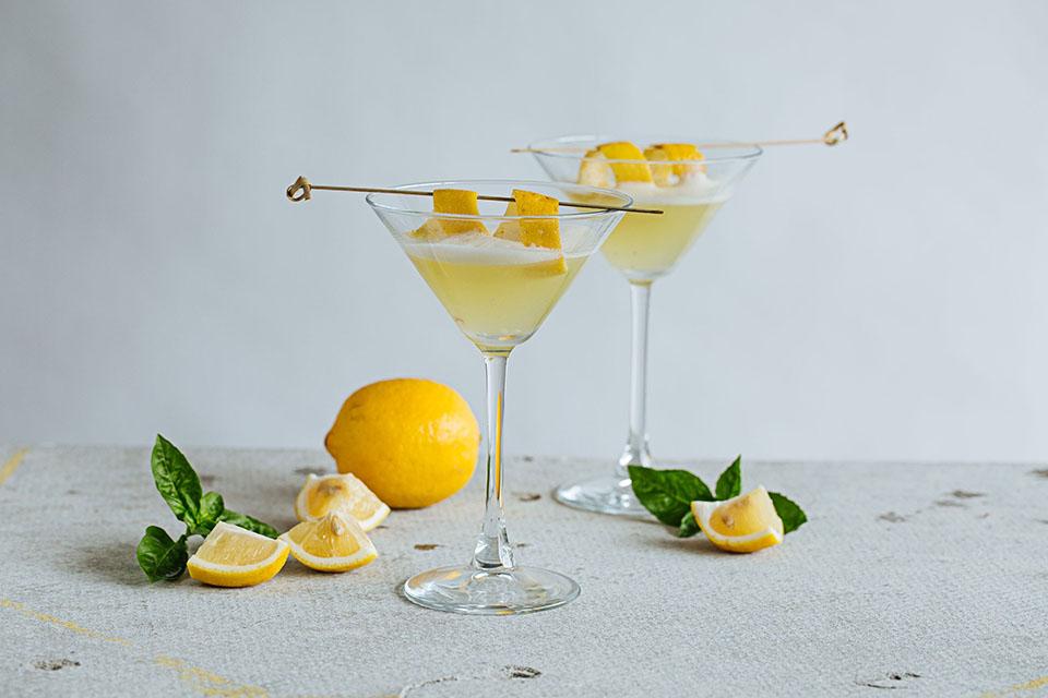 Pha chế Cocktail sả với bột sả