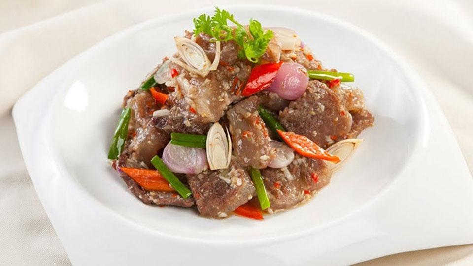 Thịt bò xào sả ớt với bột sả